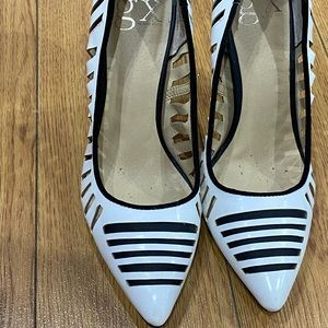 White & Black Pumps In Great condition